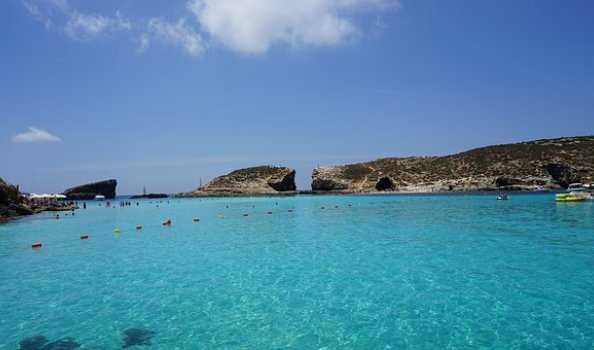 Comino, het kleinste eiland van de drie. Maar wel degene met de Blue Lagoon!